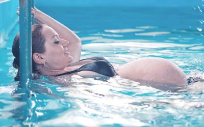 Attività fisica in acqua prima e dopo il parto: benefici e proposte MORE